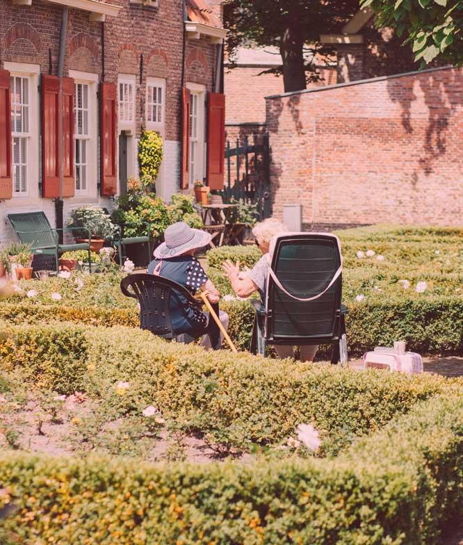 woman-talking-in-garden-1